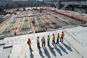 image of builders on a construction site for webiste J&J Commercial Finance